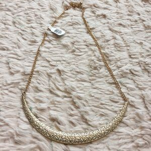Ivory and Gold Collar Necklace